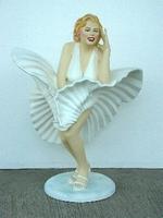 Marilyn Monroe standing model 1925