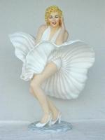 Marilyn Monroe in full dress model 610
