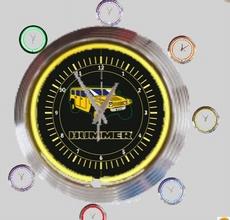 11 neonklok model hummer