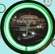 08 neonklok model mickey's diner